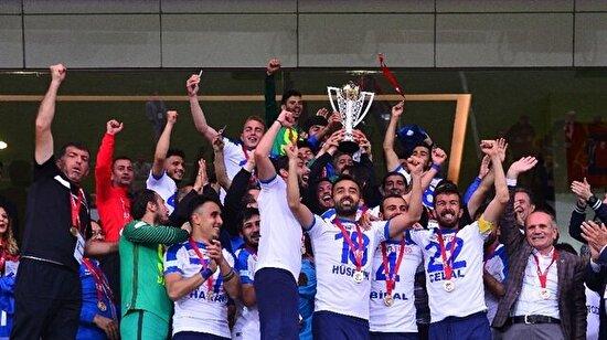 Diyarbekirspor'u mağlup eden Ankara Demirspor 2. Lig'e yükseldi