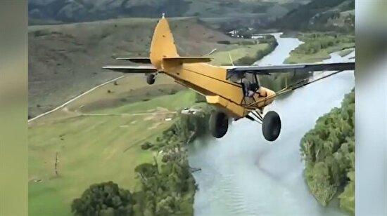 Hiçbir pilotun cesaret edemeyeceği şeyi yaptı: Uçağıyla uçurumdan aşağı atladı