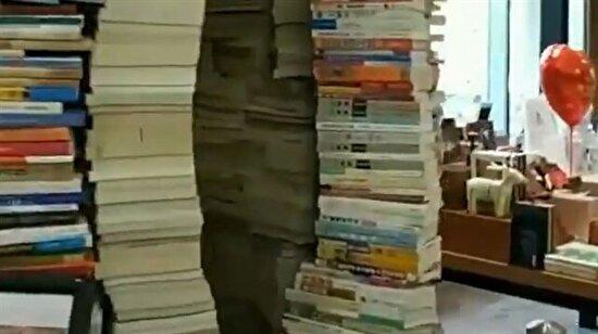 Kitapların aydınlığa götüren yolu