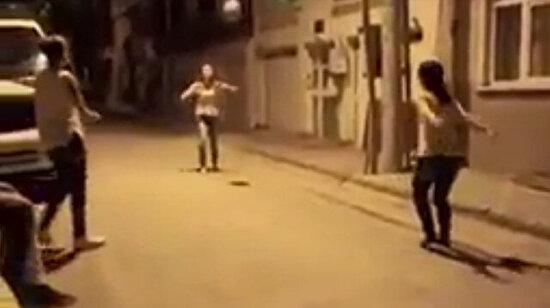 Sürpriz sonlu sokak voleybolu