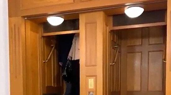 Tehlikeli ve bir o kadar da havalı asansör