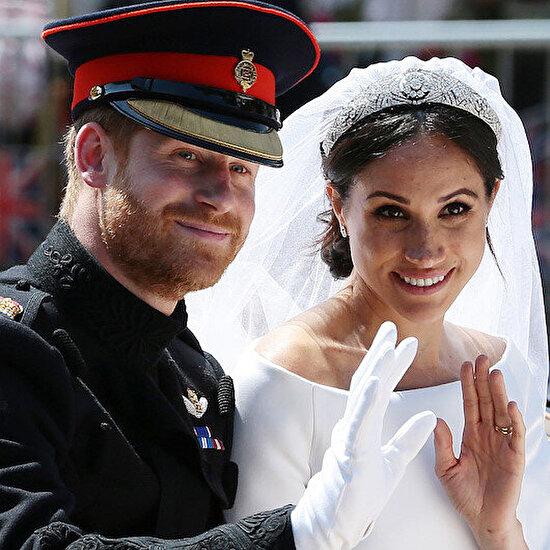 İngiliz kraliyet ailesinden açıklama: Prens Harry ve eşi Meghan, unvanlarını anlaşmayla bırakacak