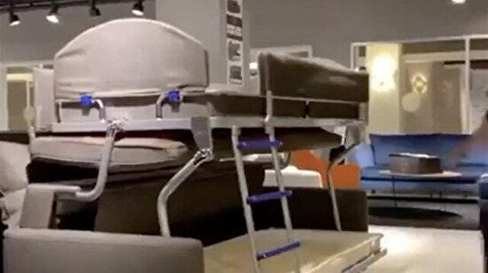 Elon Musk tasarlamış sanırım koltuğu