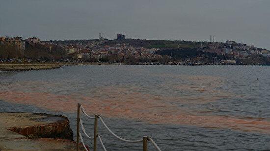 Tekirdağ'da şaşırtan görüntü: Marmara Denizi turuncuya boyandı