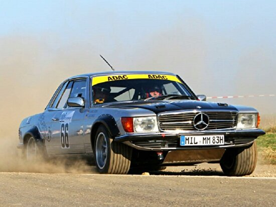 Mercedes-Benz 450 SLC ralli arabası