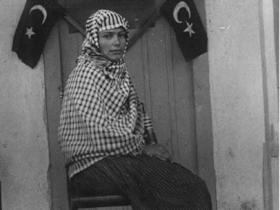 Türkiye'nin ilk kadın muhtarı Gülhanım