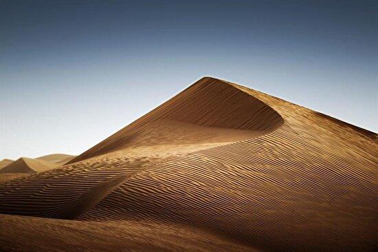 Dubai'de rüzgar sonrası çöl...