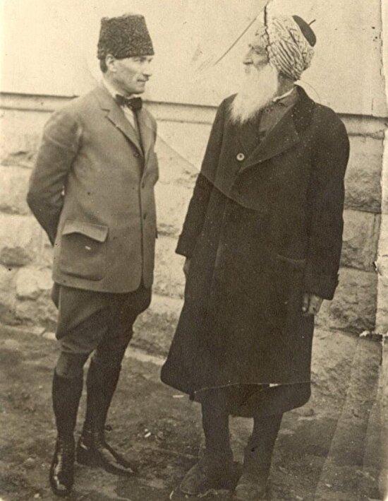 Atatürk ve Diyap Ağa, (Diyap Yıldırım) TBMM Tunceli milletvekili, Ankara, 1921