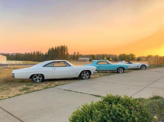 Corvette ve Mustang