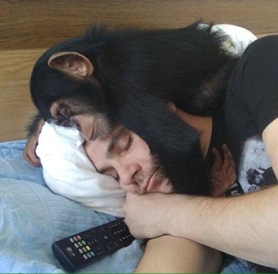 Tv karşısında uyuya kalmışız