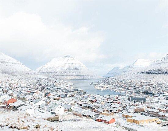 Kuzey Atlantik'in Faroe Adaları'ndaki balıkçı kasabası