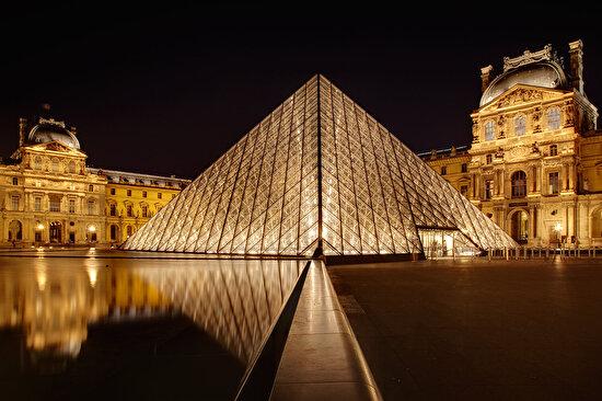 Louvre Müzesi, Fransa