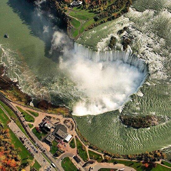 Niagara Şelalesi'ne kuş bakışı