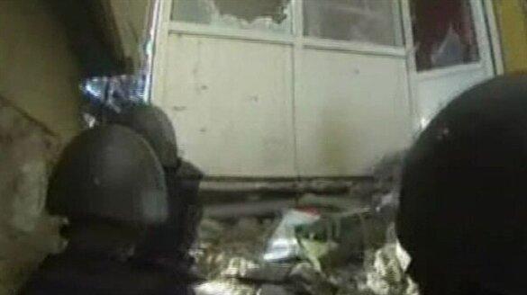 Teröristlerle çatışma anı kamerada