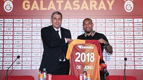De Jong Galatasaray'a imzayı attı