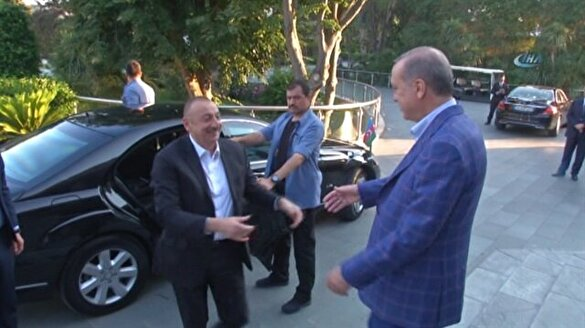 Cumhurbaşkanı Erdoğan Aliyev'i böyle karşıladı
