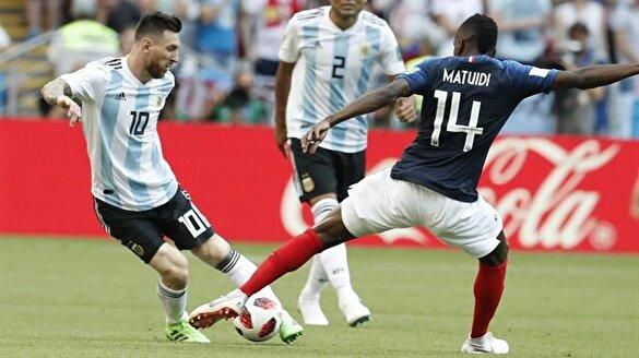 Nefes kesen maçta Fransa Arjantin'i eledi