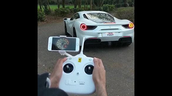 Uzaktan kumandalı Ferrari