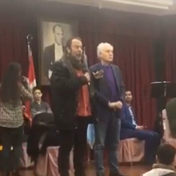 CHP'den Türk bayrağı önünde terör propagandası