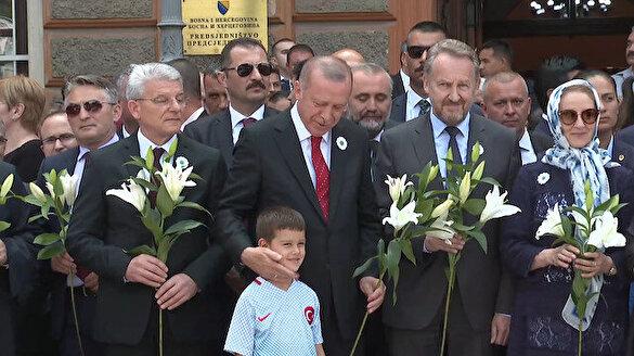 Erdoğan Srebrenitsa Soykırımı kurbanları anısına düzenlenen törene katıldı