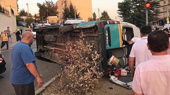 İzmir'de feci kaza: 1 ölü 8 yaralı