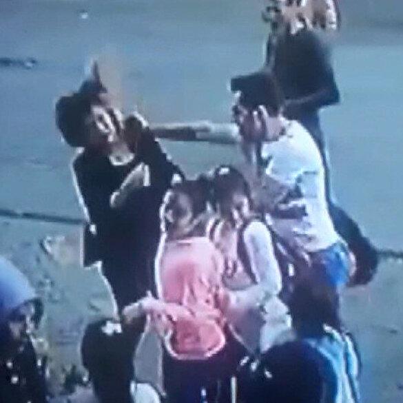 Sokak ortasında kadını döven kişiye dayak