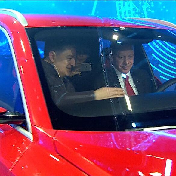 Ve yerli otomobilin direksiyonunda Cumhurbaşkanı Erdoğan
