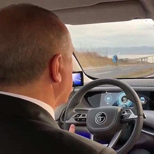 Cumhurbaşkanı Erdoğan TOGG ile test sürüşünde