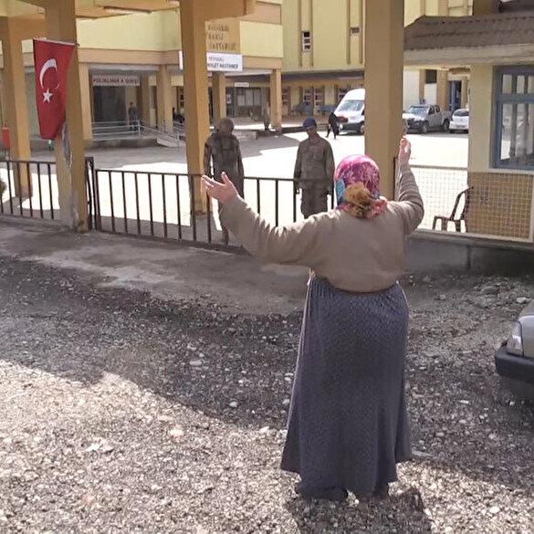 Meryem nine Mehmetçik sevgisini gözyaşları içerisinde anlattı