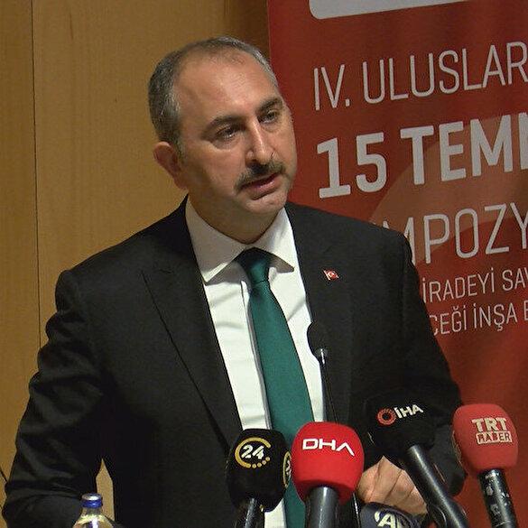 Adalet Bakanı Abdülhamit Gül: Ayasofya'nın da zincirleri kırılmıştır