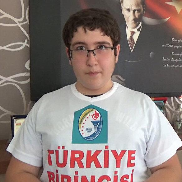 Antalya LGS Türkiye birincisinin Cumhurbaşkanı sevgisi: Görüşebilmek için Osmanlıca mektup yazdı