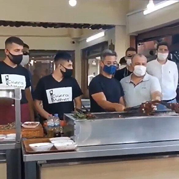 Bollywood yıldızı Aamir Khan, Adana'da mangal başına geçip kebap pişirdi