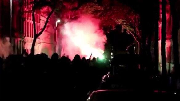 Almanya'da yüksek kira ücretleri halkı çileden çıkardı: Protesto için sokağa dökülen halk polislerle çatıştı