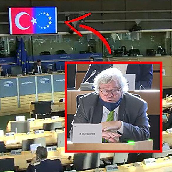 AP toplantısında Alman parlamenterin Türk bayrağı hazımsızlığı