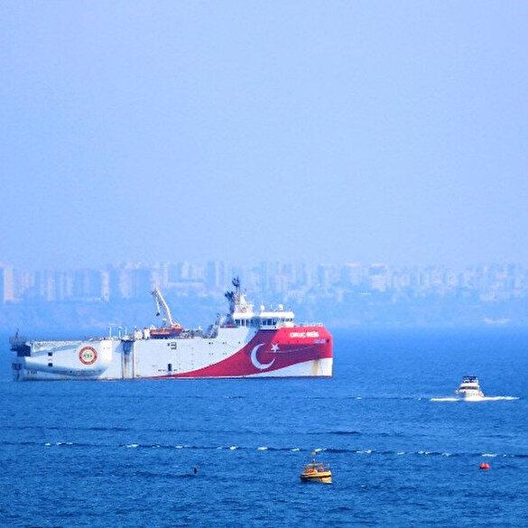 Oruç Reis Antalya açıklarına demirledi