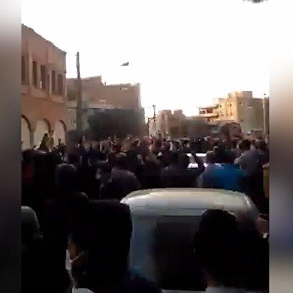 Ermenistan'a yardım eden İran'da Türkler sokaklara döküldü: Karabağ bizimdir bizim kalacak