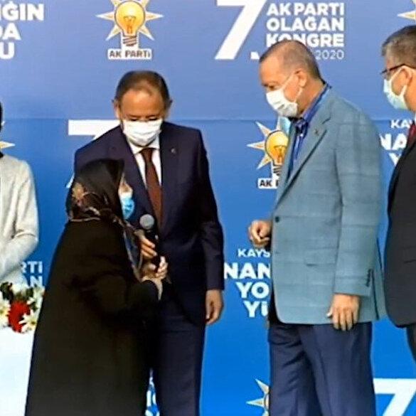 Safiye Teyze ile Cumhurbaşkanı Erdoğan'ın sıcak muhabbeti: Şu senin damadının adı Bayraktar mıydı?