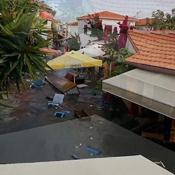 İzmir'de meydana gelen depremin ardından deniz taştı