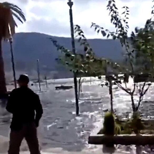 İzmir depremi sonrası Yunanistan'ın Samos adası sular altında kaldı