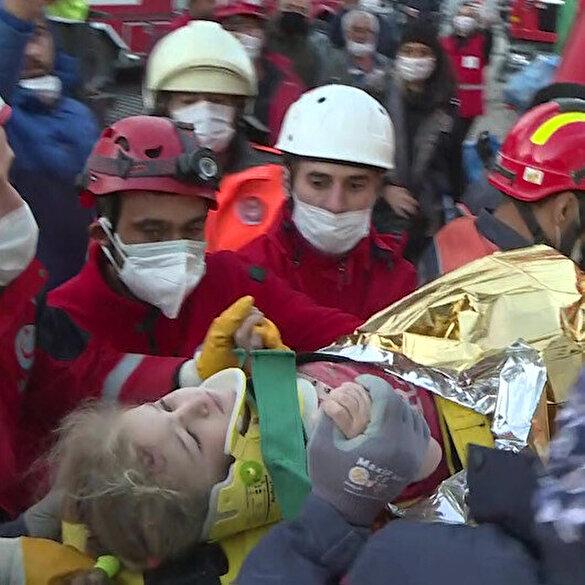 3 yaşındaki Elif, enkaz altından 65 saat sonra yaralı olarak kurtarıldı