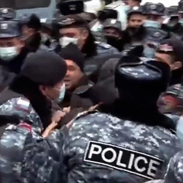 Ermenistan'da protestocuların öfkesi büyüyor: Paşinyan karşıtı eylemde 42 gösterici gözaltına alındı