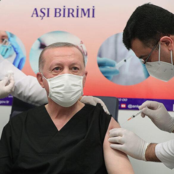 Cumhurbaşkanı Erdoğan Kovid-19 aşısının ilk dozunu yaptırdı