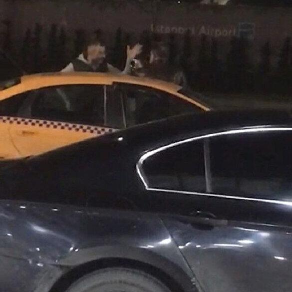 İstanbul'da taksiciye 'yolu uzattın' tokadı kamerada