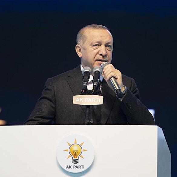 Cumhurbaşkanı Erdoğan AK Parti kongresini Fatiha Suresinin mealini okuyarak başlattı