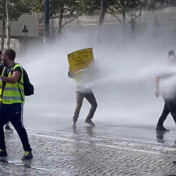 Fransa sokakları karıştı: Polis aşı karşıtlarına müdahale etti