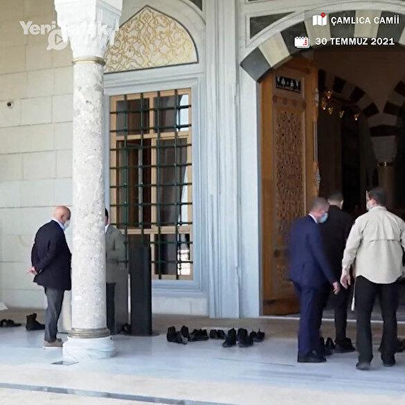 Cumhurbaşkanı Erdoğan cuma namazı sonrası yangında hayatını kaybedenler için dua etti: Bir an önce bu sıkıntıları çözmeyi bize nasip et