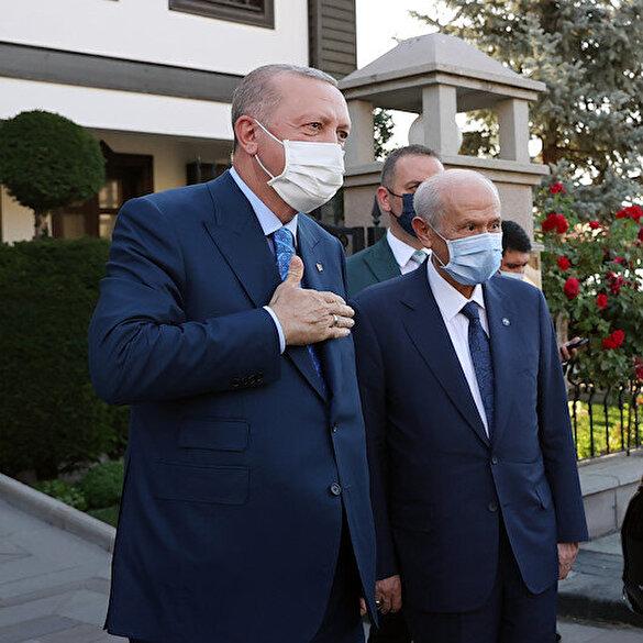 Cumhurbaşkanı Erdoğan-Bahçeli görüşmesinden kareler
