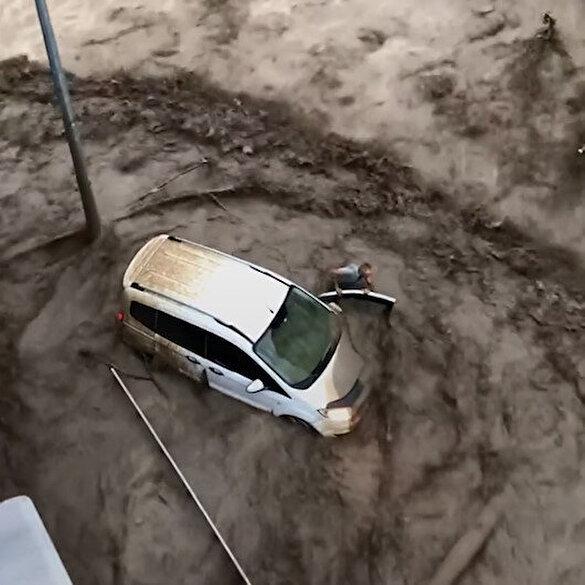 Kastamonu'da dehşet anları: Sel suları adamı böyle yuttu