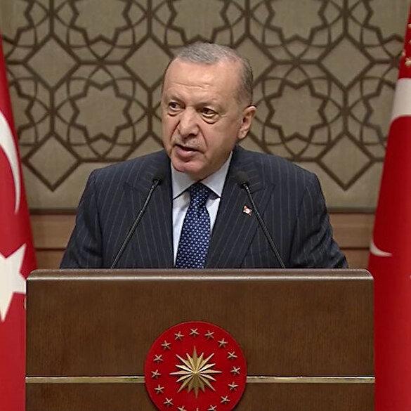 Cumhurbaşkanı Erdoğan: Milletimiz gazeteci sıfatlı haysiyet cellatlarını unutmadı