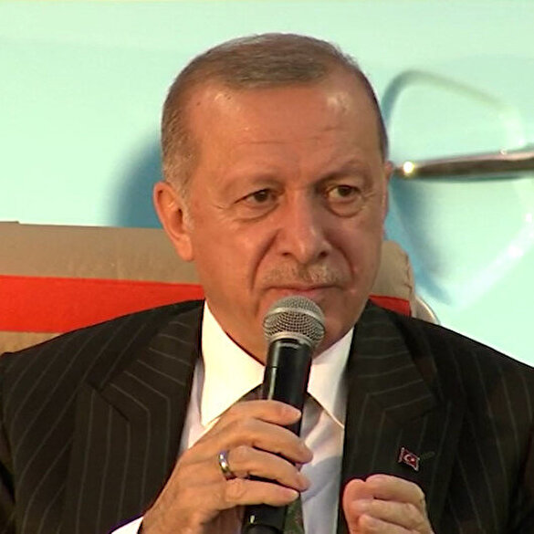 Cumhurbaşkanı Erdoğan: Sosyal medya belasından mümkün oldukça sıyrılalım